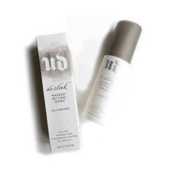 64154b1252c7 De - Slick Makeup Setting Spray( Oil Control ) 1oz. NWT. Urban Decay